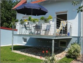 balkone aus stahl mayr treppen. Black Bedroom Furniture Sets. Home Design Ideas
